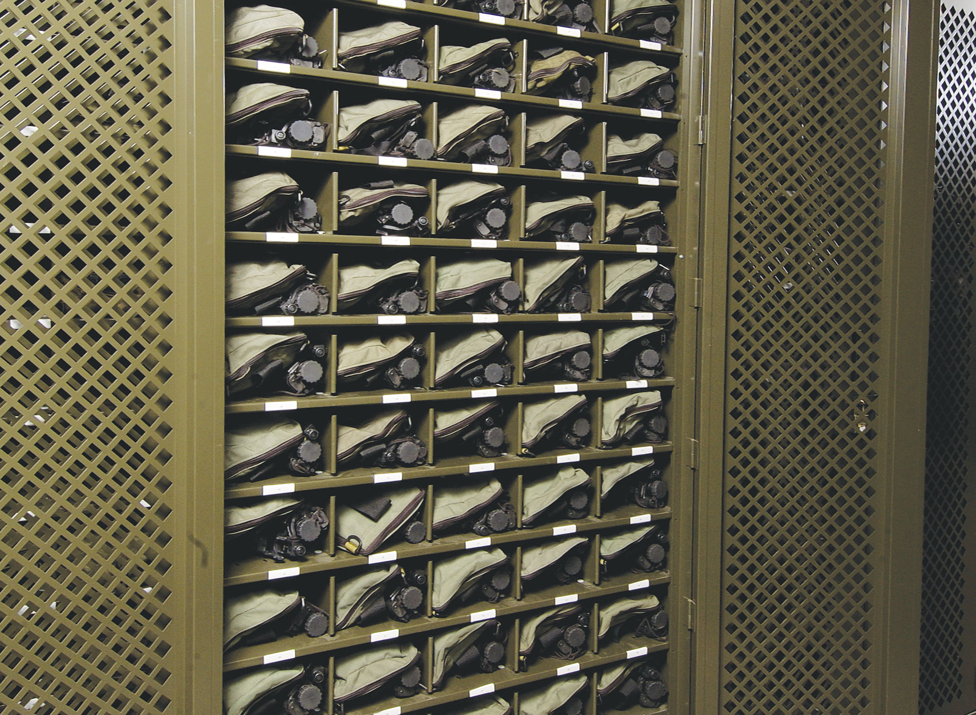 Welded cabinet for Optics storage